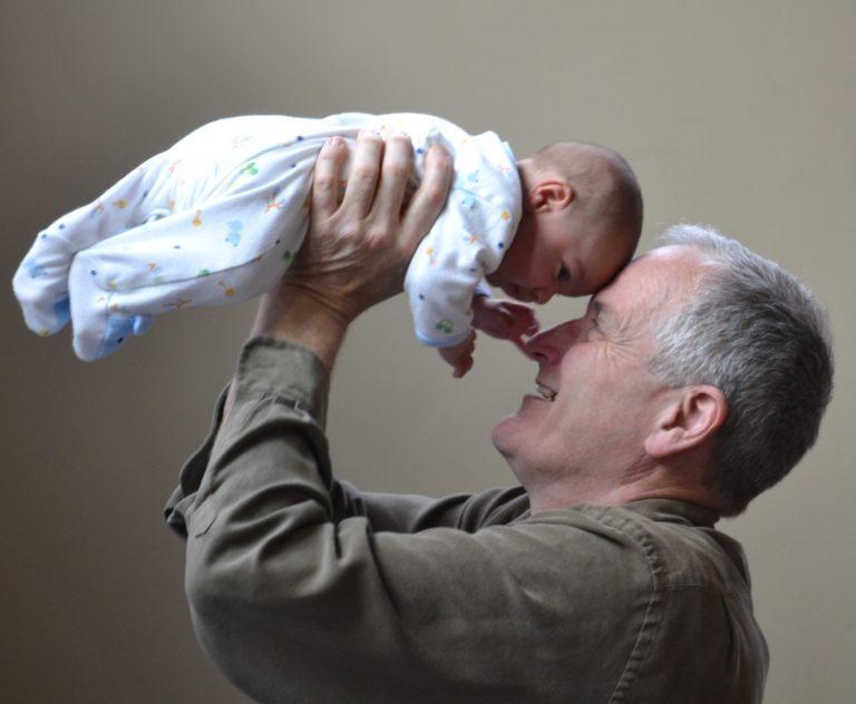 Was schenkt man zur Taufe als Großeltern? 10 Top